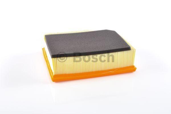BOSCH F026400026 Levegőszűrő VOLVO S60, V70, XC70, XC90 2.4 D